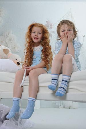0cd4c480a6a19 Как правильно выбирать детские колготки и носки | Блог о нижнем ...